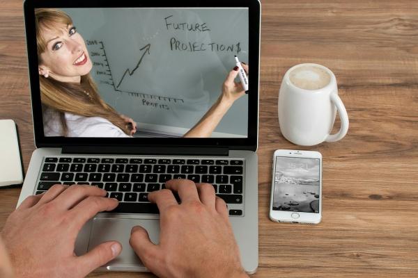 Vendre des cours en ligne - Une opération simple et rémunératrice