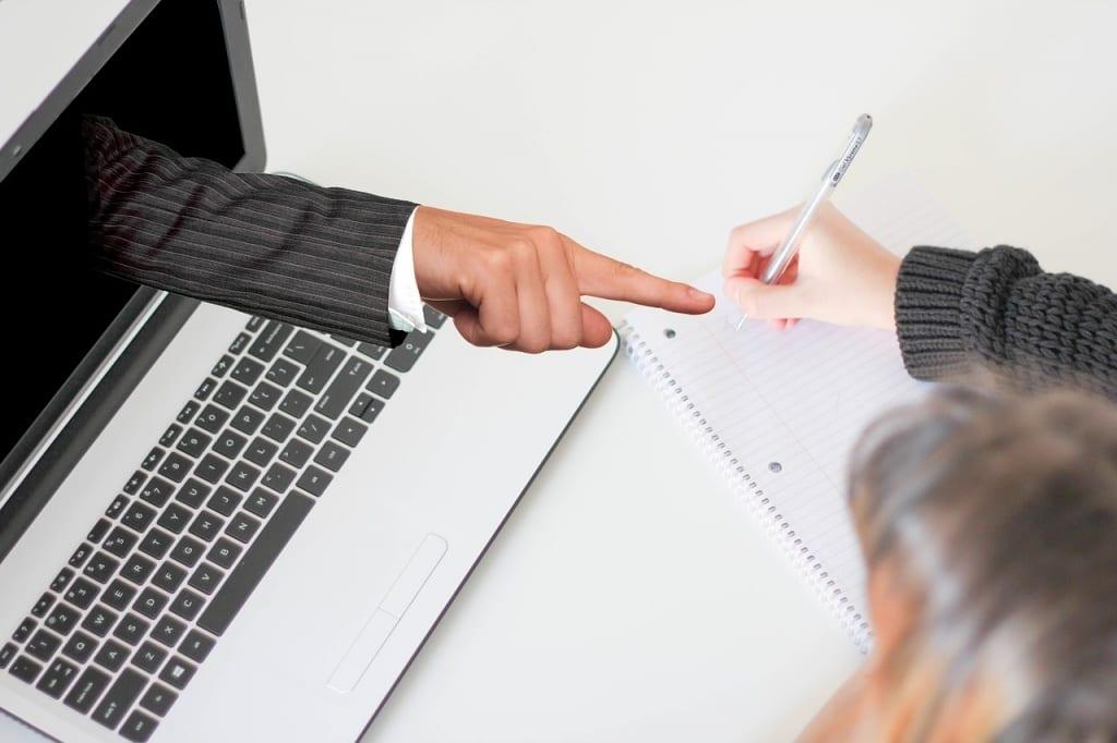 Vendre des cours en ligne - Une activité qui ne pas considérablement des cours présentiels
