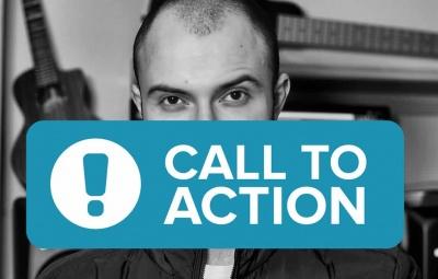 Un bouton call to action bleu qui permet d'acheter.