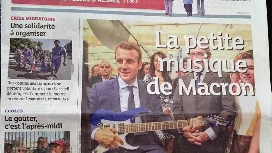 Le président de la république joue de la guitare sur mymusicteacher.