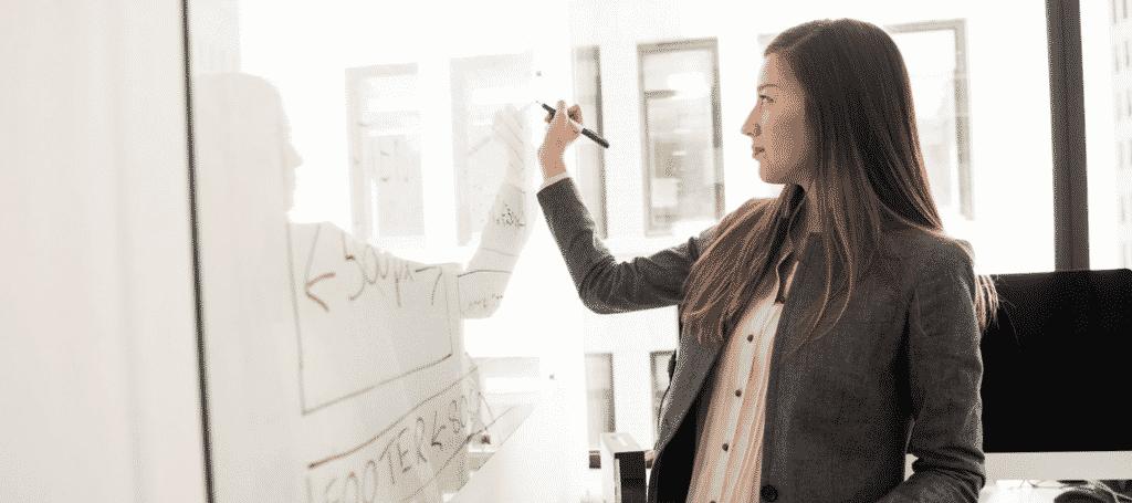 Une entrepreneuse apprend à gérer stress et doute d'entreprendre