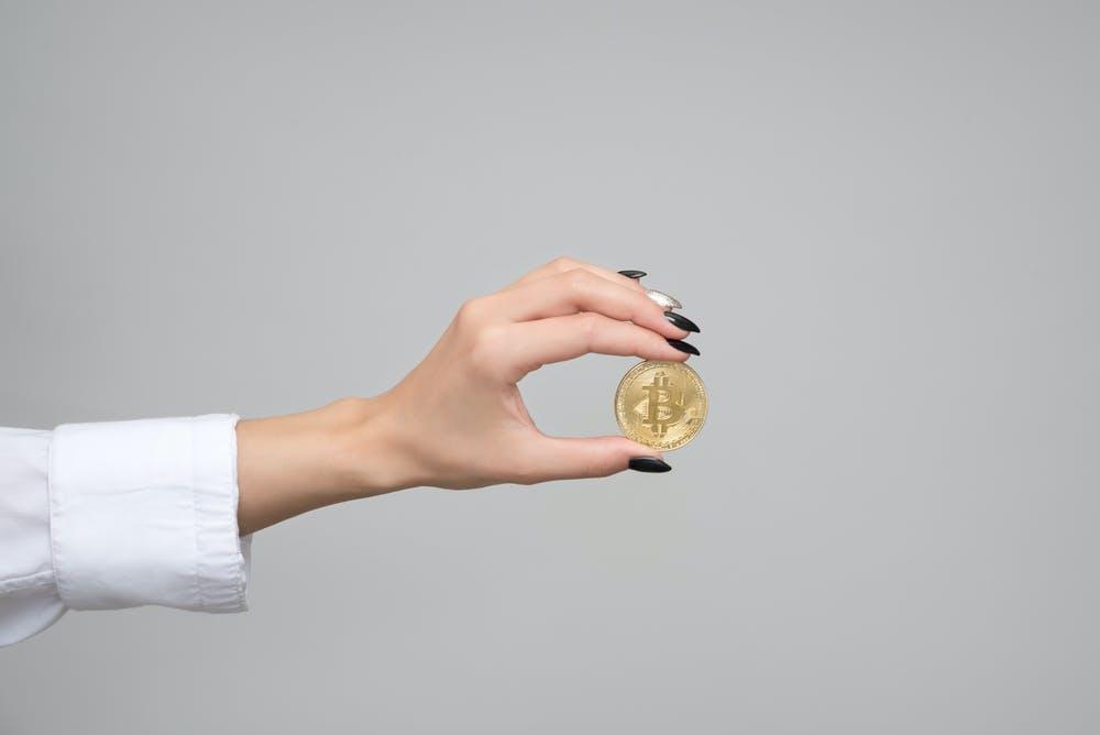 Investir sur les crypto monnaies pour obtenir un complément de salaire