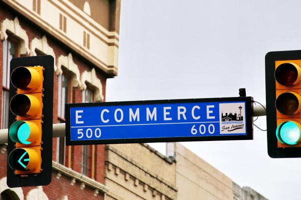 E-commerce - Le carrefour du commerce mondial .