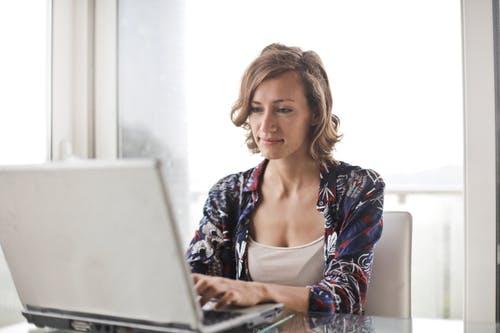 Travailler à la maison en créant un blog