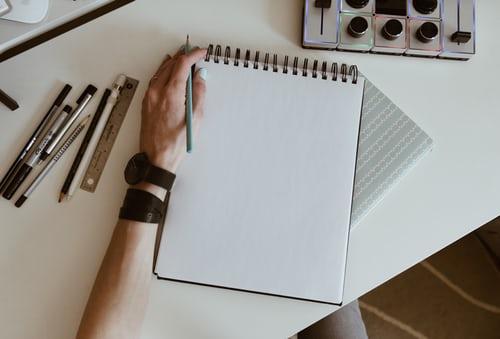 Comment publier gratuitement un livre et le vendre?